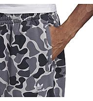 Adidas Originals Camo Dipped Pants - Trainingshose - Herren, Grey/Black