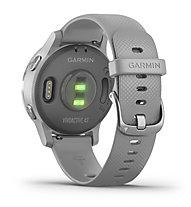 Garmin Vivoactive 4S - orologio sportivo - donna, Grey/Silver