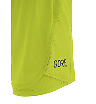 GORE WEAR R7 Women 2In1 Shorts - kurze Laufhose - Damen, Yellow