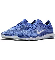 Nike Air Zoom Fearless Flyknit Turnschuh Damen, Medium Blue/White