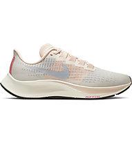 Nike Air Zoom Pegasus 37 - neutrale Laufschuhe - Damen, Light Orange