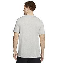 Nike Dri-FIT Graphic Training - T-Shirt Training - Herren, Dark Grey