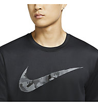 Nike Dri-FIT Men's Camo Training - T-shirt - uomo, Black