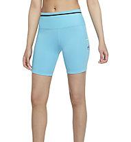 Nike Epic Luxe Trail Running - Trailrunninghose kurz - Damen , Light Blue