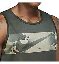 Nike Legend M's Camo Swoosh Training - Trainingtop - Herren, Green/Camo