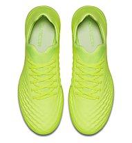 Nike Magistax Finale II TF Fußballschuh für Kleinfeldspiele auf synthetischen Hartplätzen, Volt