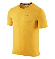 Nike Dri-FIT Knit T-shirt running, Yellow