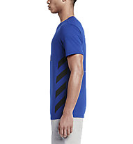 Nike Track&Field Chill HBR Shirt Herren, Deep Royal