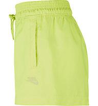 Nike W NSW Festival WVN - Trainingshose kurz - Damen, Yellow