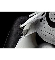 On Cloudrush W - Neutrallaufschuh - Damen, White/Black