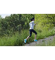 On Running - pantaloni corti running - donna, Black