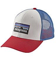Patagonia P6 Trucker - cappellino - uomo, White/Fire/Blue