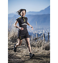 RaidLight Flower Team - Running Rock mit Innenhose - Damen, Black