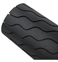 Theragun Wave Roller - rullo fasciale, Black